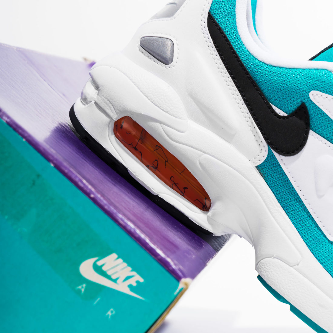 Nike Air Max 90 Re released in its Original Colorway for